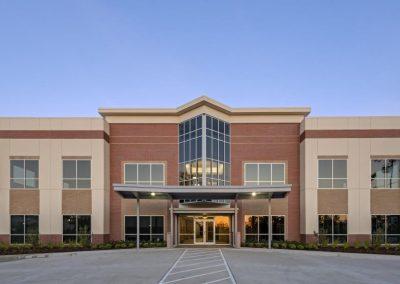 College-Park-Medical-Plaza-Front-Landscape-Copy-crop